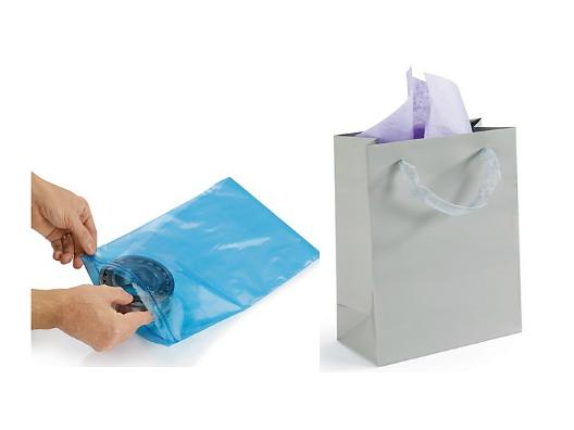 Bolsas plástico o bolsas de papel