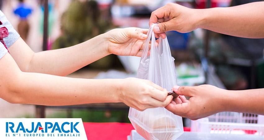 Impuesto a las bolsas de plástico en Andalucía: quién, cómo y en qué casos aplicarlo